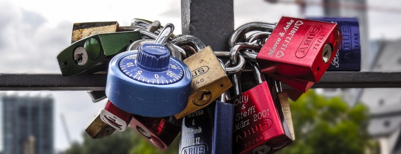 padlocks-1009021_1920